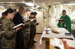 USS Green Bay (LPD 20) Sunday Service
